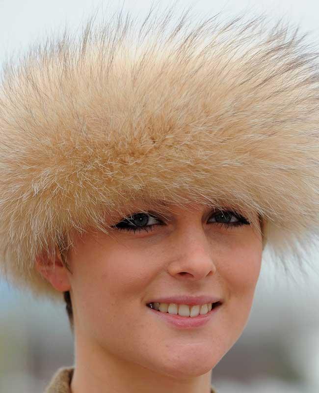 Attractive hairdos @ Cheltenham Festival