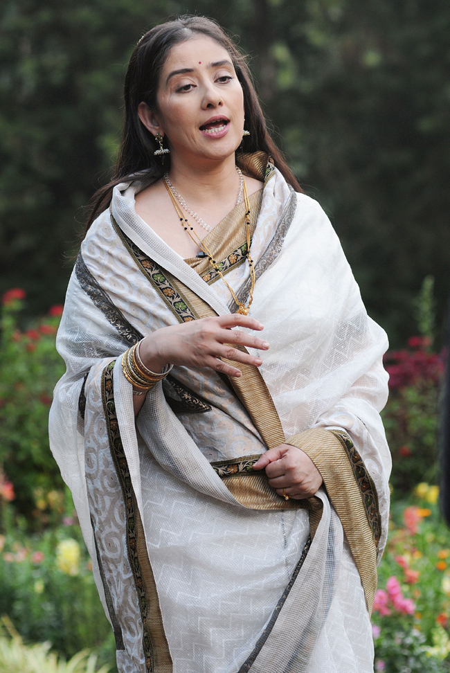 Manisha Koirala at the location of director Lenin Rajendran's Malayalam movie Édavappathi at Munnar in Kerala