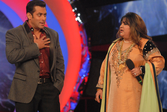 Bigg Boss season 4 contestants Dolly Bindra and Shweta Tiwari revisited the Bigg Boss stage to meet and impart some knowledge to the present housemates, on Saturday.