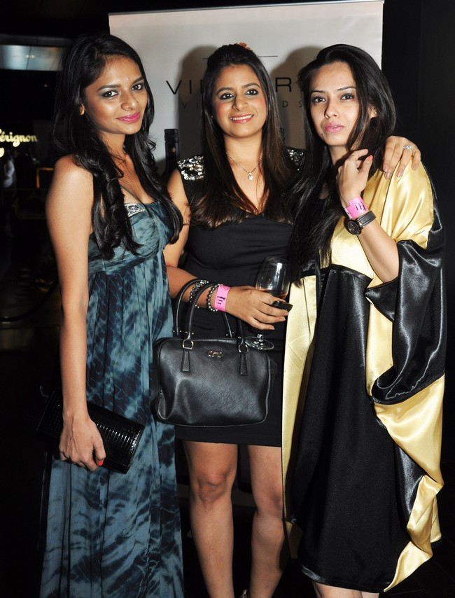 Nidhi Munim,Shouger Doshi and Deepali Sontakkey