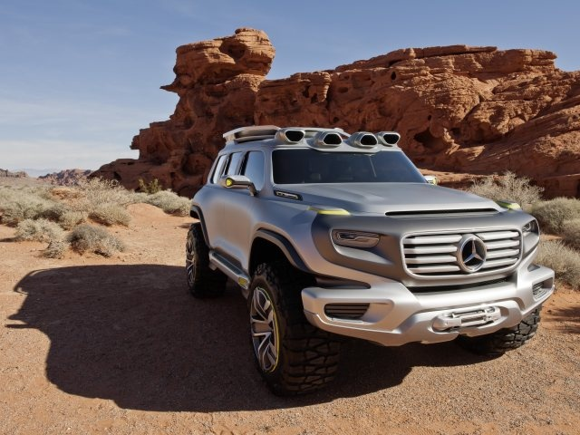 The Ener-G-Force, which Mercedes-Benz is presenting in Los Angeles as a design study, meets all the requirements of a police vehicle and would be fully capable of supporting emergency services in every corner of the world