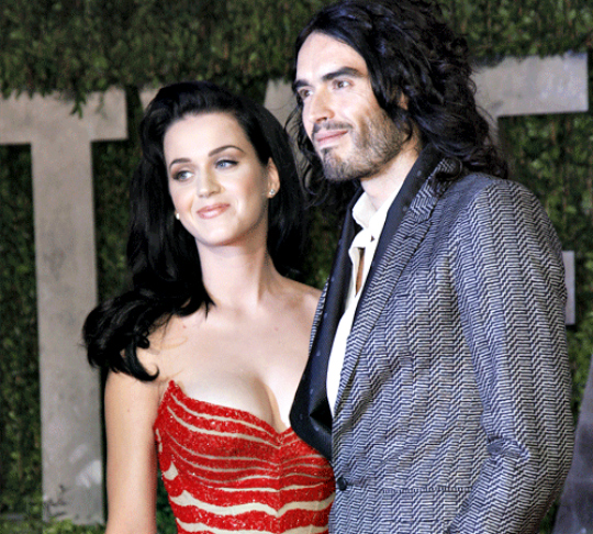 Russell Brand: Katy Perry's ex-lover sure has a history to tell. With wild escapades of his own and assistants hired to filter out his perfect bed-mate for the night, he surely had a sex-system running for him all the time!