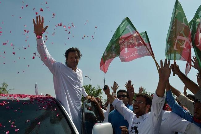 PAKISTAN-US-UNREST-DRONES-POLITICS
