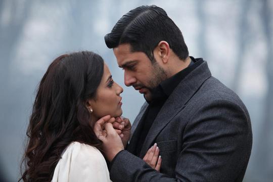 Tia Bajpai and Aftab Shivdasani