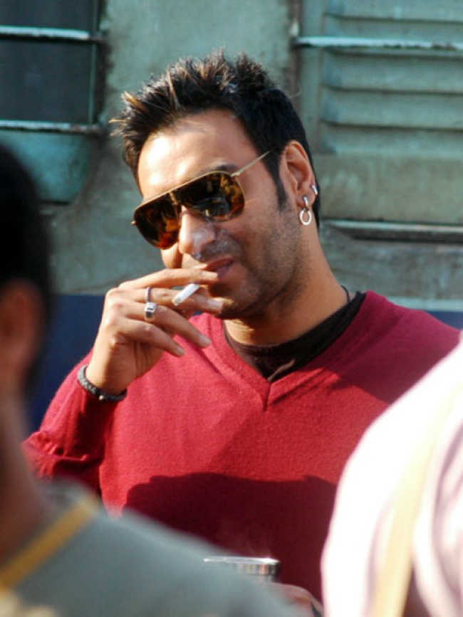 Smoking: Everyone knows it. Even six-yearolds. Smoking can cause lung cancer, emphysema and cardiovascular disease, but that doesn't seem to have convinved actors Ajay Devgn and Shah Rukh Khan to quit. Nicotine patches, gum or any form of replacement, acupuncture or hypnosis (even cardamom, like it did for a senior Maharashtra politician) can help kick the habit. And it's best you stop waiting for a 'stress free' moment to start.