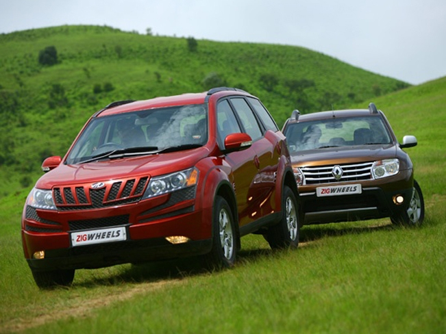 renault duster vs mahindra xuv 5oo comparison. Black Bedroom Furniture Sets. Home Design Ideas