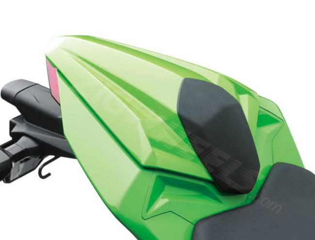 2013 Kawasaki Ninja 300 - Rear seat cowl is a lot more angular than before.