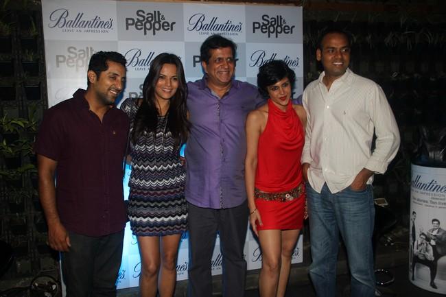 Vikram Kochhar, Kuki Grewal, Darshan Jariwala, Madira Bedi and Director Vikranth Pawar