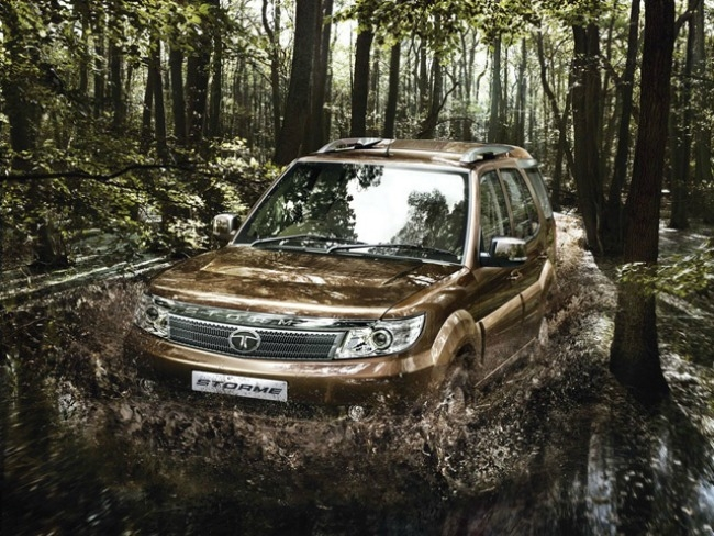 The new Tata Safari Storme is a refined beast delivering a performance of 0 - 100 km/hr in under 15 sec