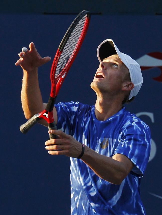 Racket creates stir at US Open