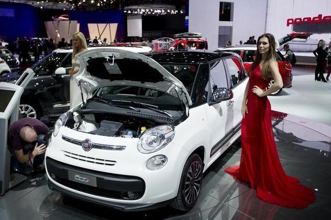 FRANCE-AUTO-SHOW-FEATURE-FIAT
