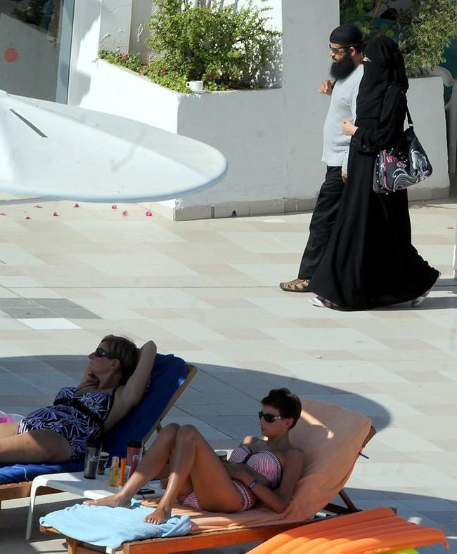 Bikini dilemma in Tunisia