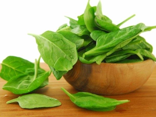 Capsicum, cabbage, cauliflower, chilies, green beans, spinach