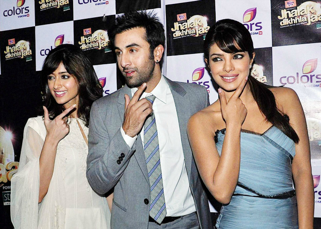 Bollywood actors Ranbir Kapoor, Priyanka Chopra and Ileana promote their film Barfi on the sets of a TV show in Mumbai.