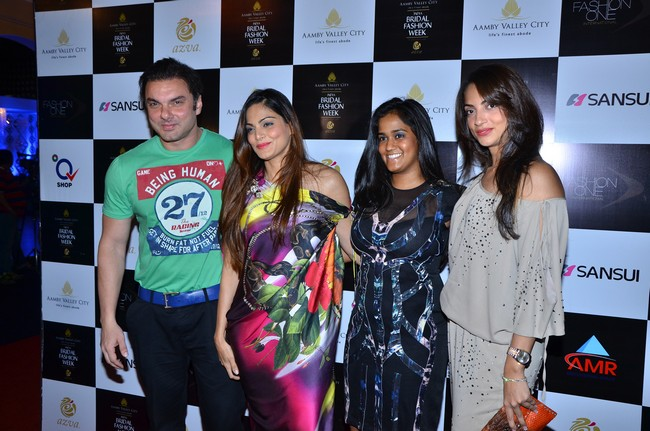 Sohail Khan, Seema Khan, Arpita Khan and Reshma at the Falguni and Shane Peacock