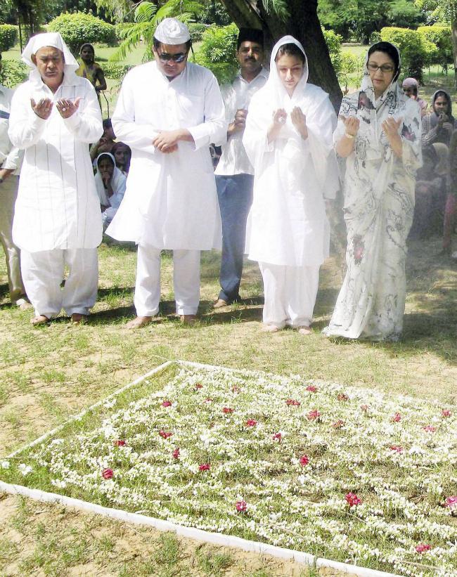 Soha Ali Khan Sharmila Tagore