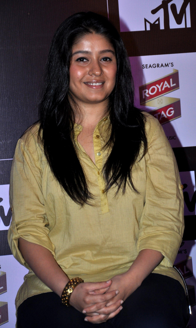 No wonder Sunidhi Chauhan chose to become a playback singer and stay on the other side of the screens! Our Verdict: NOT