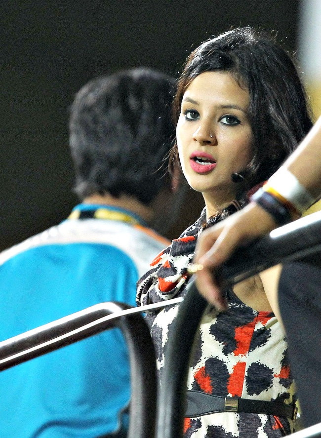 Sakshi during the IPL match between Chennai Super Kings and Pune Warriors at the MA Chidambaram Stadium in Chennai. (Photo: PTI)