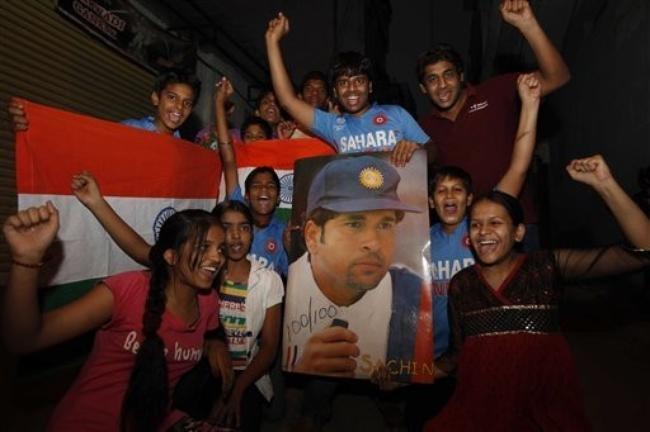 Fans Just Love Sachin Tendulkar