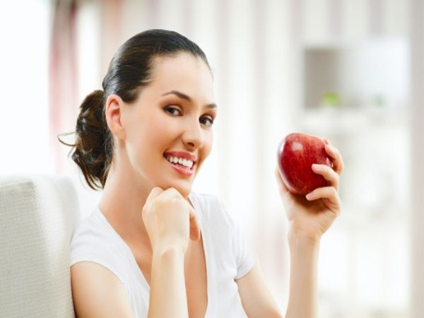 Dental care: 20 Tips for Perfect Smile Eat fibrous foods