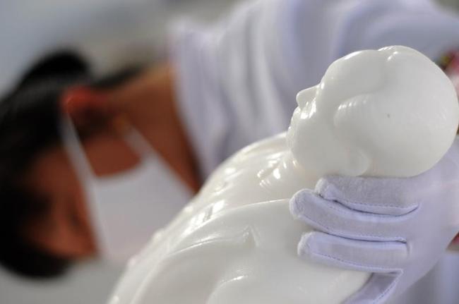 Sculptures Made With Sea Salt