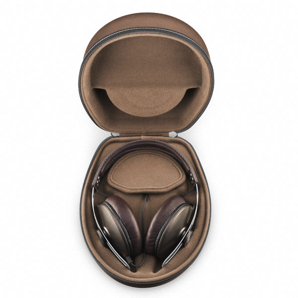 Design - There is a premium touch to almost every aspect of the Momentum. Right from the elegant minimalistic design to the leather earcups, the earphones have been stylishly fabricated with the attention to detail that one would expect from such high-end gear.