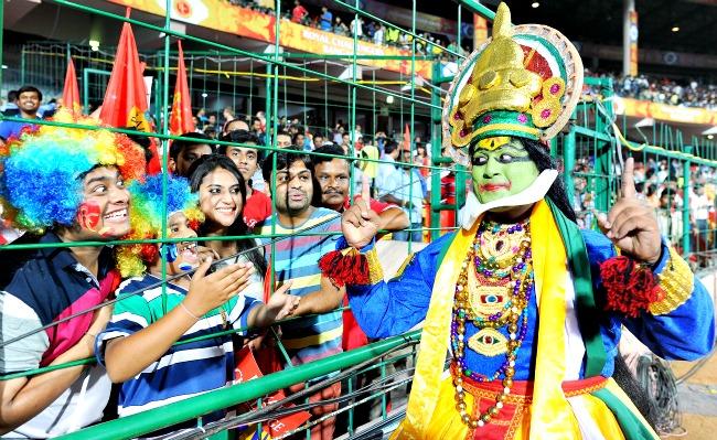 Fans at IPL