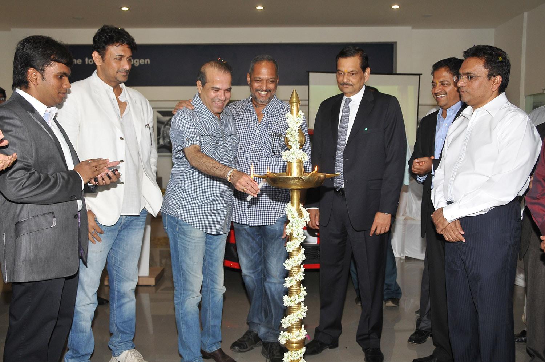 Abhishek Mohite (Director Mohite Automotive) Arvind Saxena (Managing Director of Volkswagen passenger cars), Nana Patekar & Dilip Mohite (Chairman, Mohite Group)
