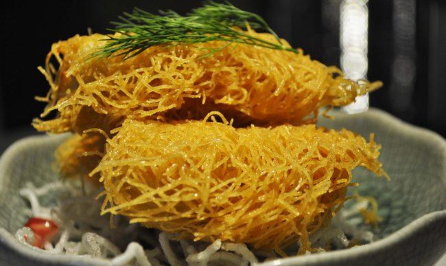 Shredded Kataffi crab meat roll
