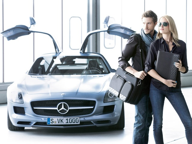 Exactly 444 products are to be found on the 170 pages of the new Mercedes-Benz Collection 2013 catalogue. Highlights include some really innovative Fitness, Trekking and Kids' Bikes