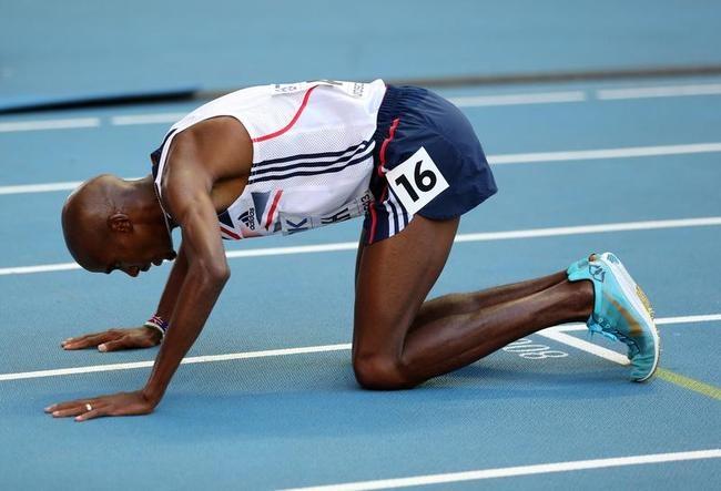 Mo Farah Wins 10,000m Title