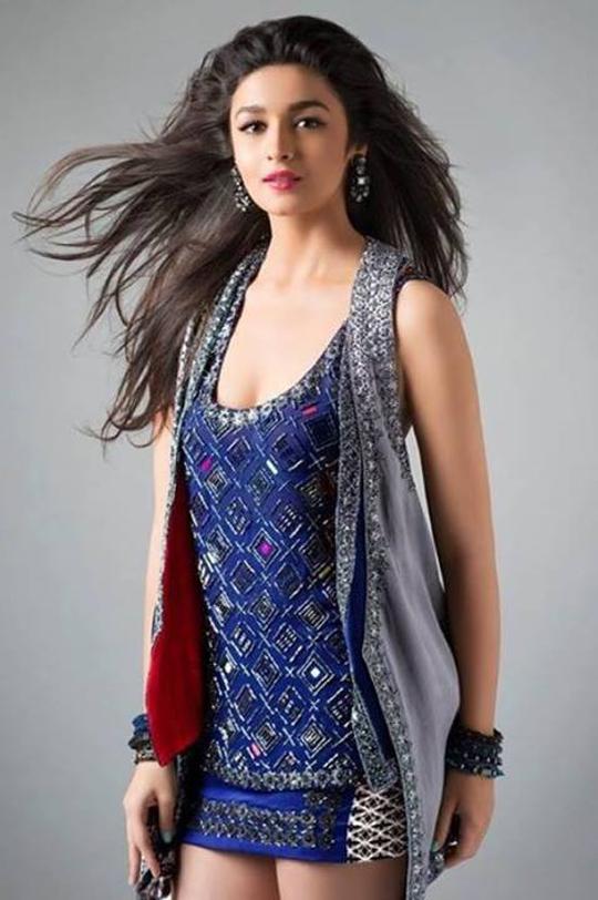Alia Bhatt's stunning photoshoot for Anushka Khanna's Autumn/Winter 2013 Collection, titled Starry, Starry Night.  Courtesy: UTV