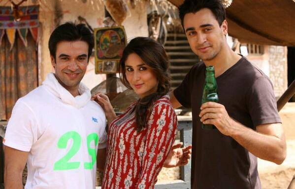 Kareena Kapoor Khan and Imran Khan will be playing screen-sweethearts in Punit Malhotra's next, Gori Tere Pyaar Mein.