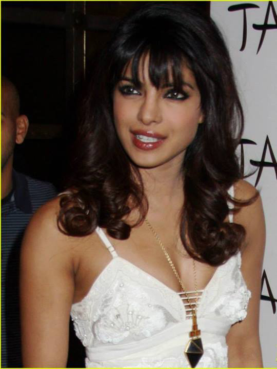 Priyanka Chopra was the host for the evening at TAO Nightclub, to promote her single Exotic, in Las Vegas, on 10th August.  Courtesy: UTV