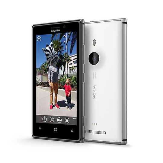 Nokia Lumia 925 camera comes with Nokia's PureView camera software. The rear end comes with 8.7 MP resolution. The phone also supports dual-LED flash.