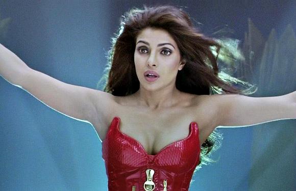 Priyanka Chopra in 'Ra.One'