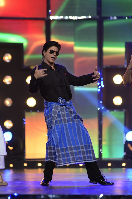 Bollywood stars came together for an all day long show on TV to raise  funds and awareness about the recent Uttarakhand tragedy. Here's a look  at all the action