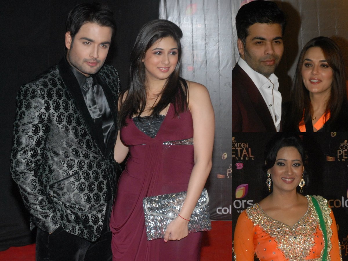 Karan Johar, Vivian Dsena, Shweta Tiwari and others attended the Golden Petal Awards. Check out the red carpet photos...