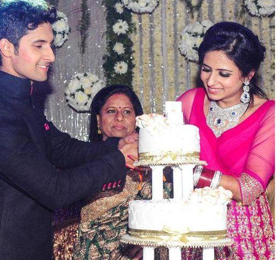 Photos Ravi Dubey Amp Sargun Mehtas Wedding Reception