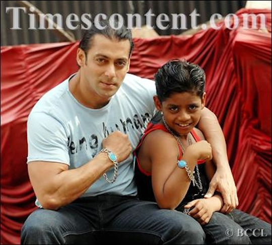Salman Khan with child actor of Oscar - winning movie Slumdog Millionaire, Azaharuddin Mohammed Ismail, pose for Bombay Times photogrpaher at RK Studio on June 4, 2009.