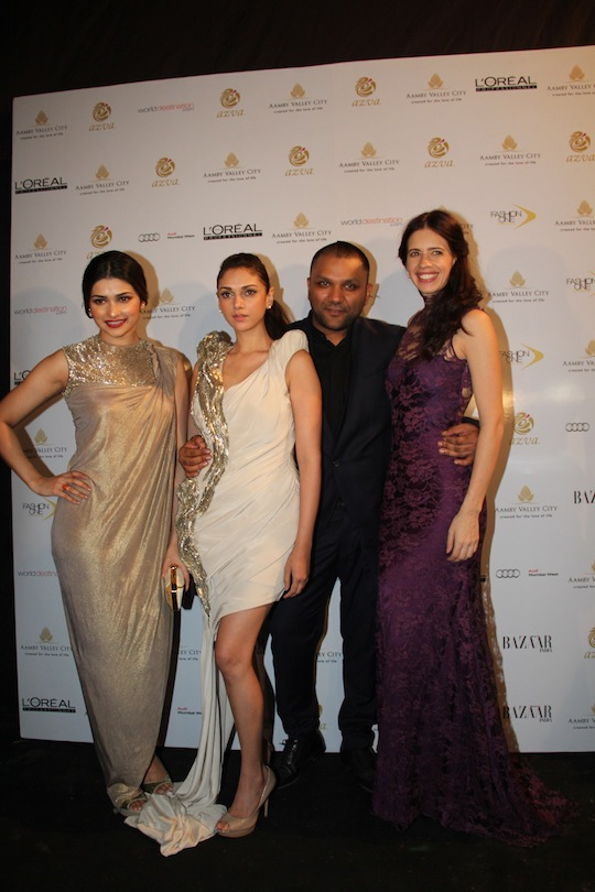 bollywood beauties Kalki Koechlin, Aditi Rao Hydari, Prachi Desai and producer-director Kiran Rao were seen cheering for the designer and his collection.
