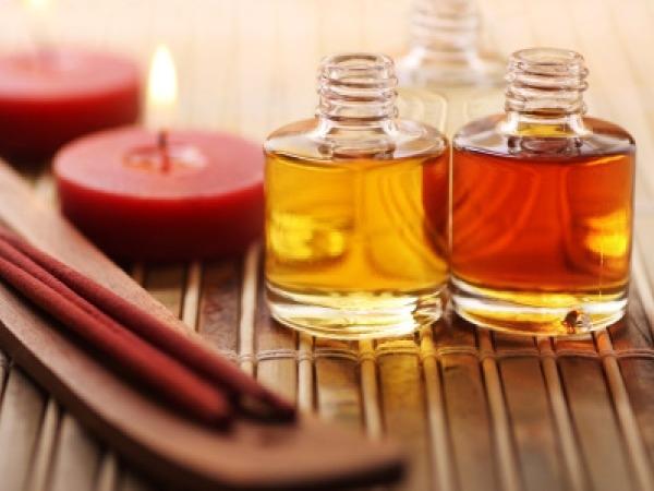 Essential Oil: Rosewood:- (Bois De Rose) Aniba roseodora