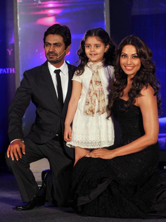 Nawazuddin, Bipasha and the child actress Doyel Dhawan