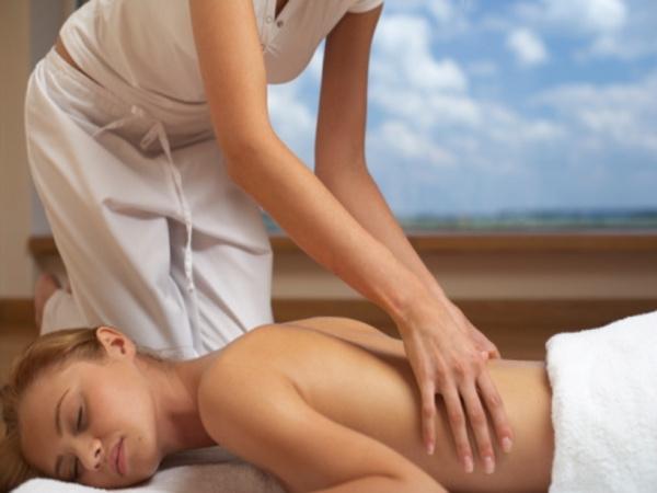 Massage: Lomi Lomi Massage