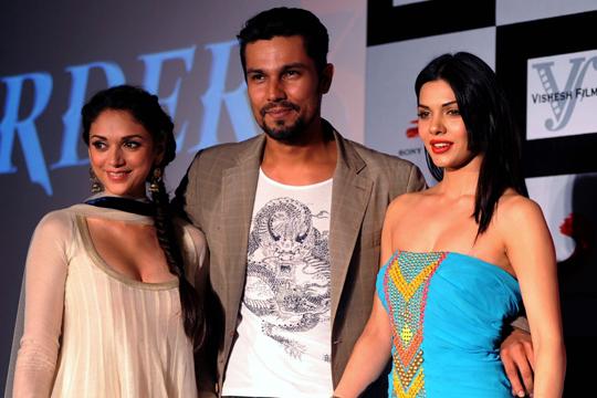 Aditi, Randeep, Sara