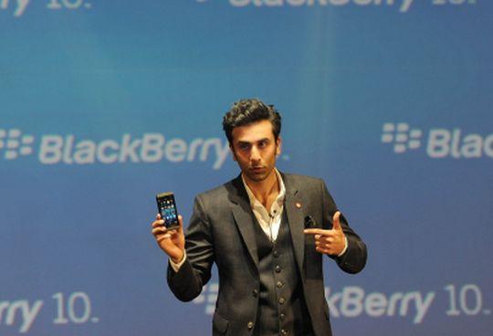 Yo! I love the new BlackBerry Z10 says Ranbir!