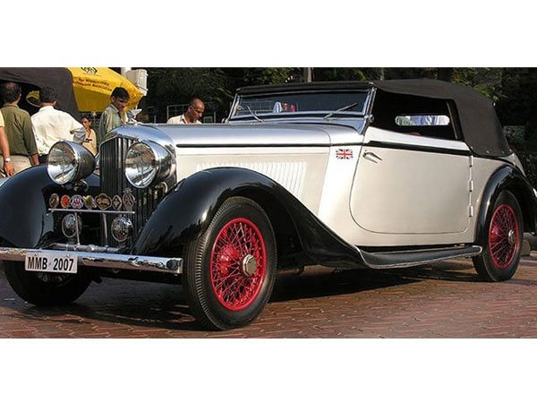 1935 Bentley Sports Drophead CoupeOwner: Jagdish ThackerseyThis car was displayed in the Paris Motor Salon in Nov 1934. The vehicle was in the UK till 1942 when it was sold to HH The Maharaja of Talcher (Orissa & Bihar).This car is featured in Johnnie Green's book, Bentley - Fifty Years of the Marque.