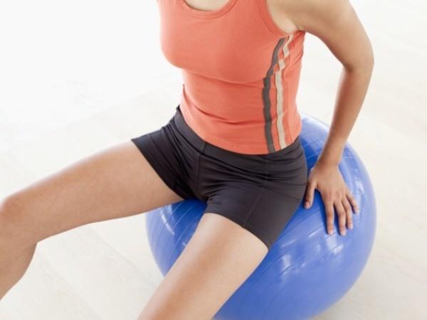 Squats hop-flip switch on Bosu ball