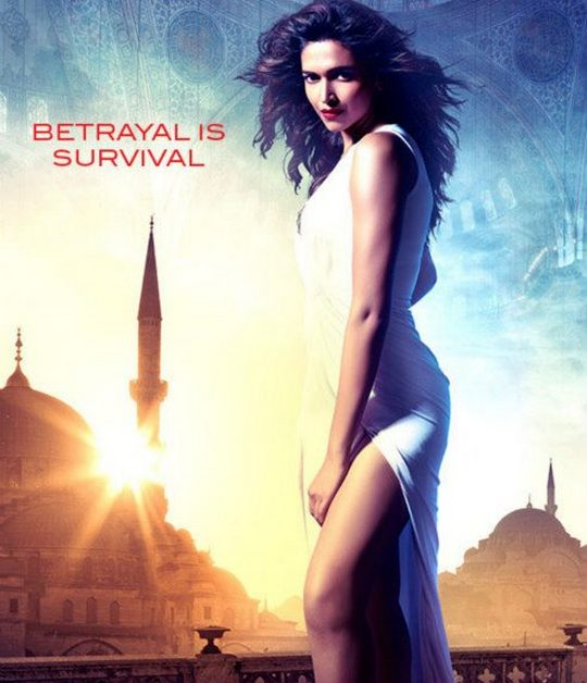 Some love the movie, some hate it...But there is unanimous praise for Deepika Padukone's daringly sexy avatar in Race 2. Here's looking at her various seductive looks in the film, that have got fans drooling for more.