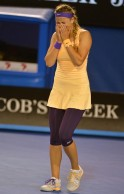 Victoria Azarenka beats Li Na